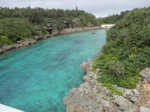 見た目は川でも実は海の画像